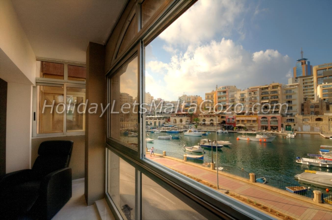 Superb Views of Spinola Bay