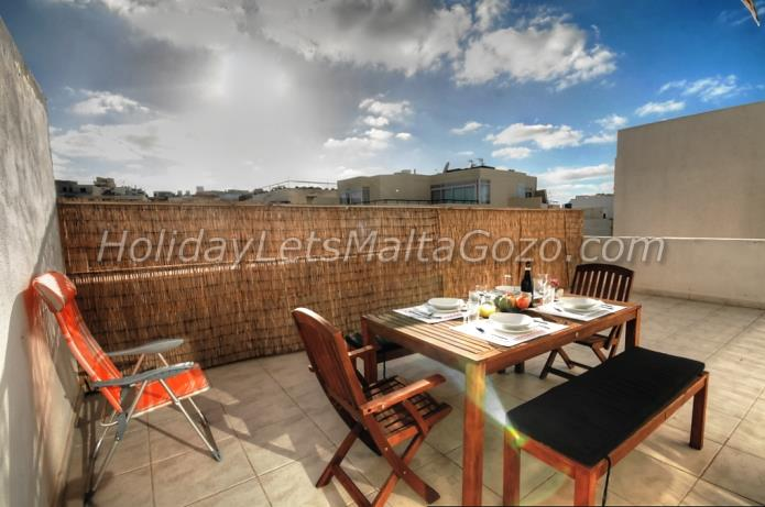 Holiday Let Malta Bugibba Penthouse penthouse hampton